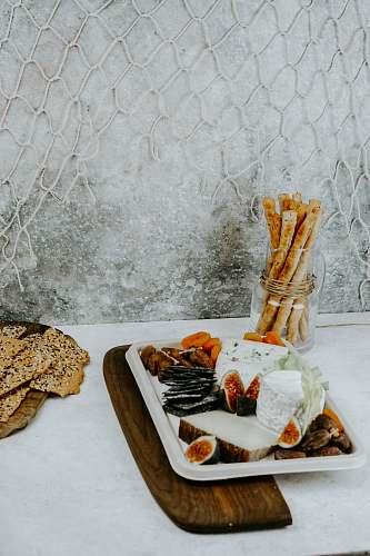 bread baked desserts cracker