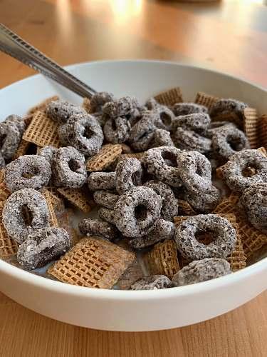 dessert cereal on bowl bread