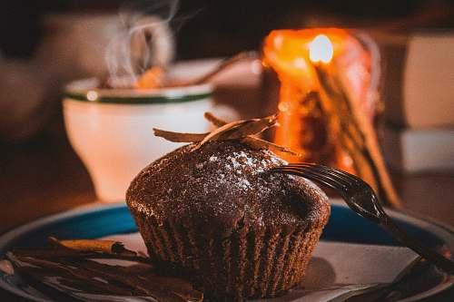cupcake chocolate cupcake on plate cake