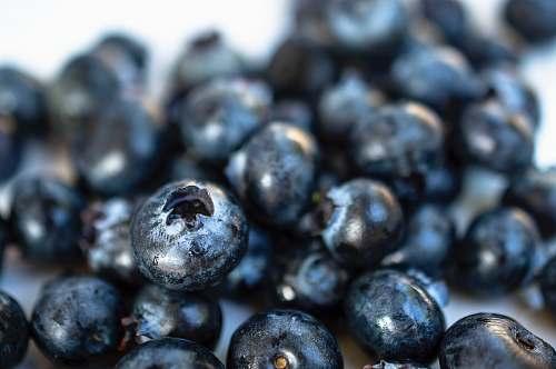 fruit closeup photo of blackberry blueberry