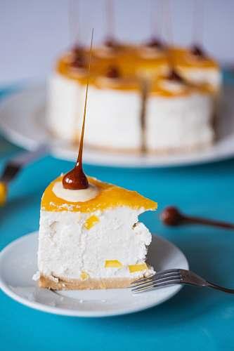 dessert dessert on saucer cream