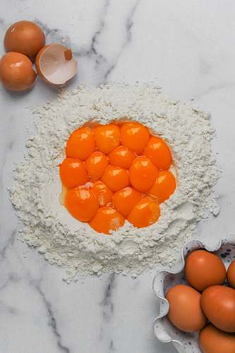 flour eggs and flour powder