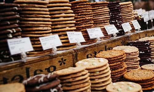 cookies flatbread display store basket