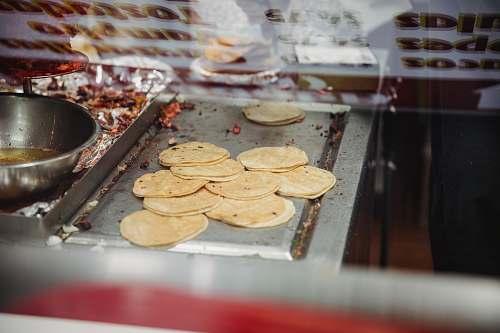 bread flatbread on grill pita