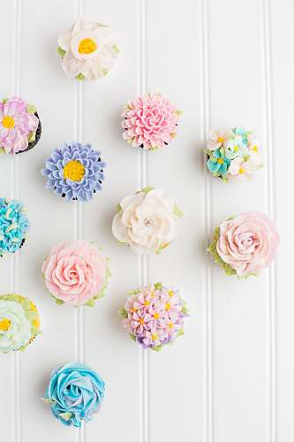 flower flower cupcakes on white surface cupcake