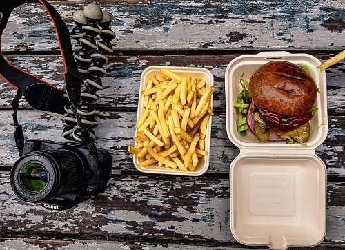 burger fries in pack fries