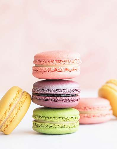 sweets macarons on table confectionery