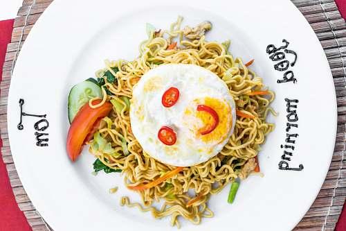 egg noodles and egg noodle