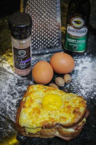 burger omelette on table egg