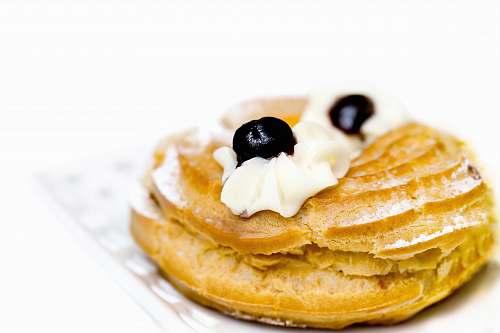 bread round cookie pancake