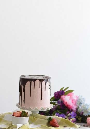 dessert round whipped-cream cake missouri