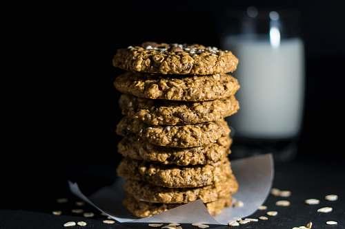 seasoning selective focus photography of cookies sesame