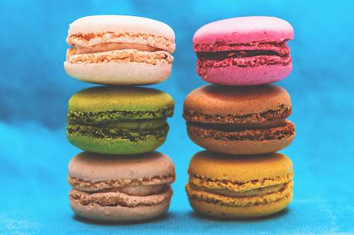 colors six assorted-color macaroons formation macaroon
