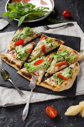 bread six sliced pizza cutlery
