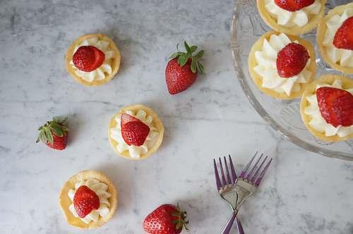 cutlery strawberry dessert fork