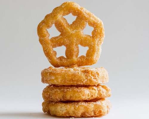 bread sugar-filled cookies cracker