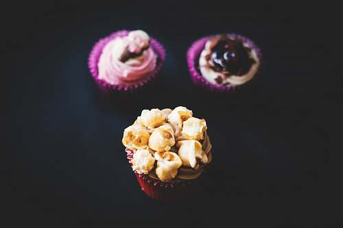 photo popcorn three closeup photography of three cupcakes snack free for commercial use images