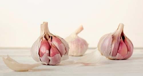 garlic three garlic cloves vegetable