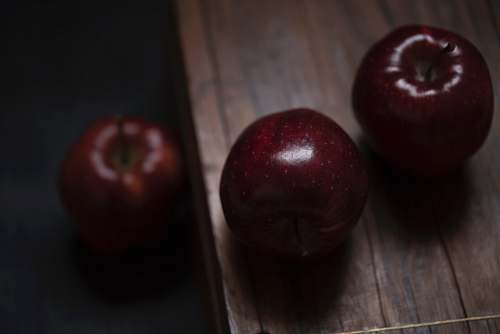 fruit three red delicious apples produce
