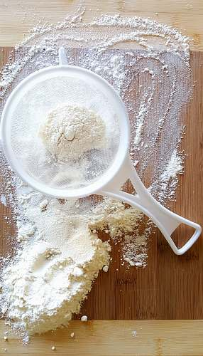 flour white strainer powder