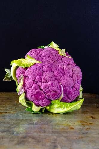 vegetable purple broccoli cauliflower