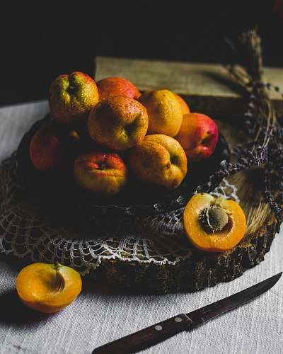 food shallow focus photography of fruits on top of black plate fruit