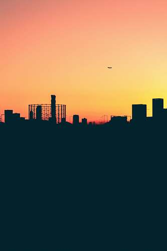 london silhouette photo of buildings skyline
