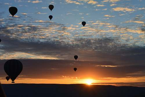 photo hot air balloon silhouette photo of hot air balloons aircraft free for commercial use images