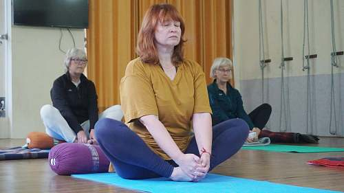 person three women sitting in lotus position sport